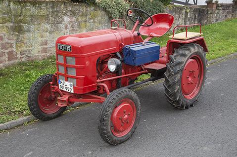 fahrzeuge_traktor